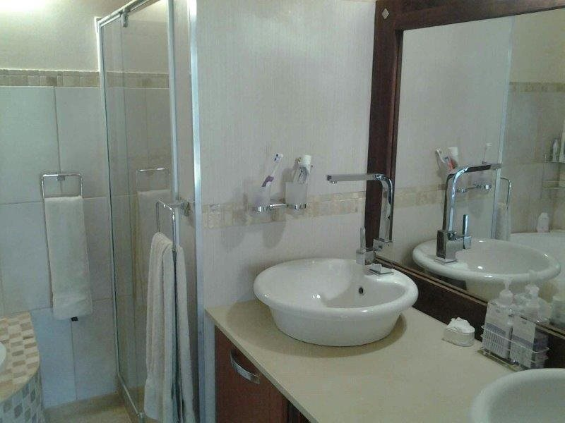 Umtentweni property for sale. Ref No: 12771639. Picture no 17