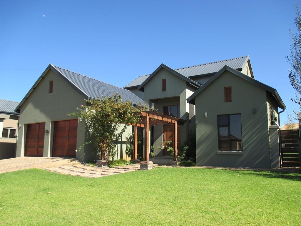 Midlands Estate property for sale. Ref No: 13317285. Picture no 1