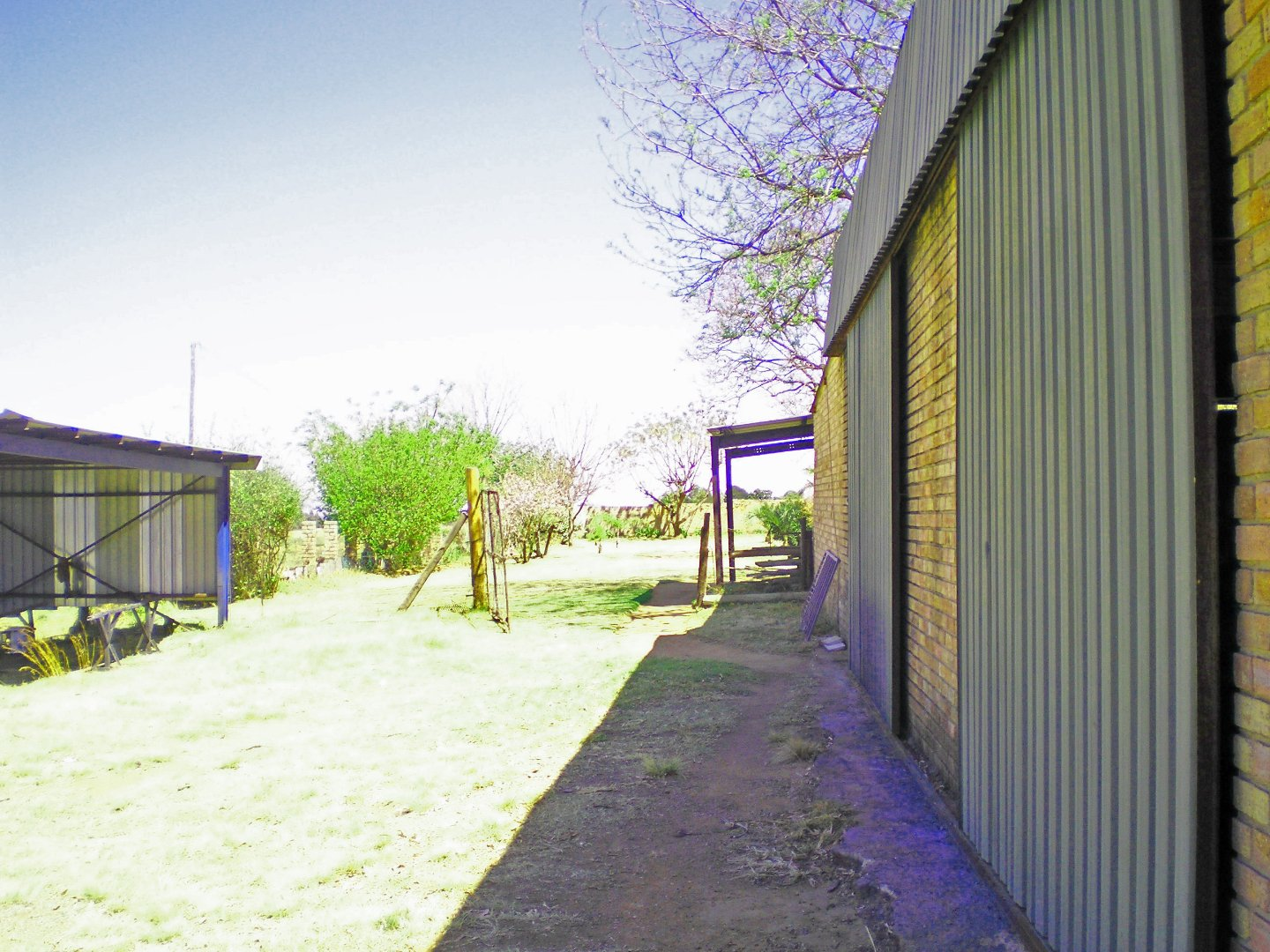 Tenacre A H property for sale. Ref No: 13677260. Picture no 40