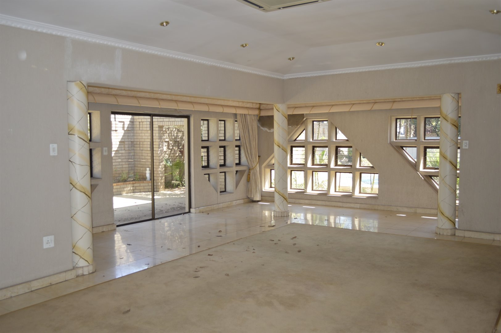 Laudium property for sale. Ref No: 13469790. Picture no 5