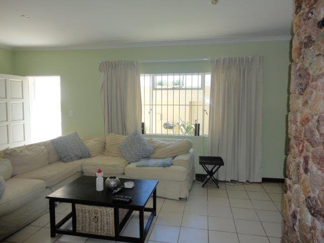 Parktown North property to rent. Ref No: 13553041. Picture no 6