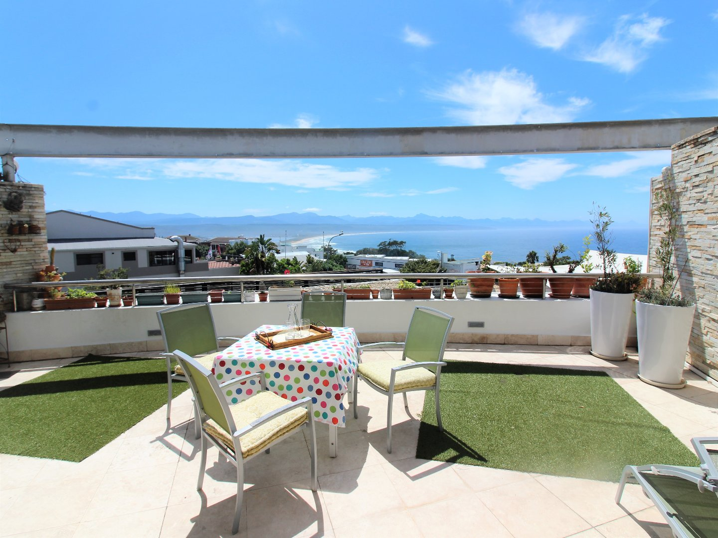 Property and Houses for sale in Plettenberg Bay Central, Apartment, 3 Bedrooms - ZAR 3,150,000