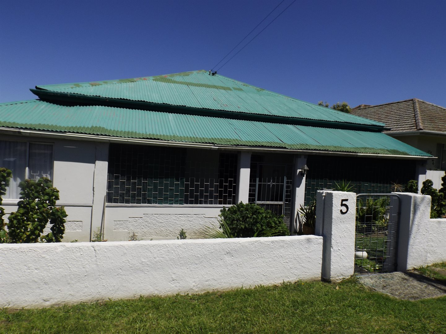 Property for Sale by DLC INC. ATTORNEYS Graham Hodson, House, 3 Bedrooms - ZAR 1,100,000
