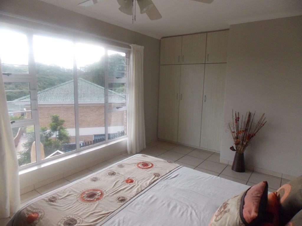 Amanzimtoti property for sale. Ref No: 13372994. Picture no 42