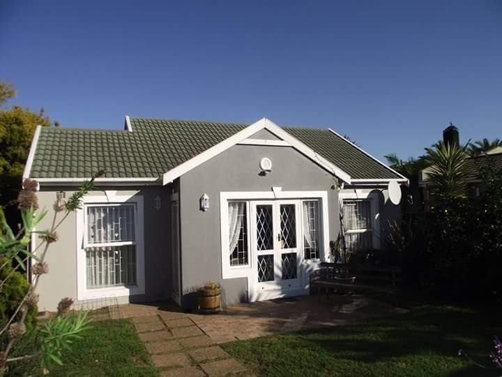 Brackenfell, Vredekloof Property  | Houses To Rent Vredekloof, Vredekloof, House 3 bedrooms property to rent Price:, 12,00*