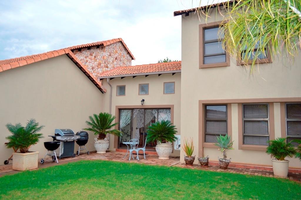 Centurion, Raslouw Glen Property    Houses For Sale Raslouw Glen, Raslouw Glen, House 3 bedrooms property for sale Price:2,690,000