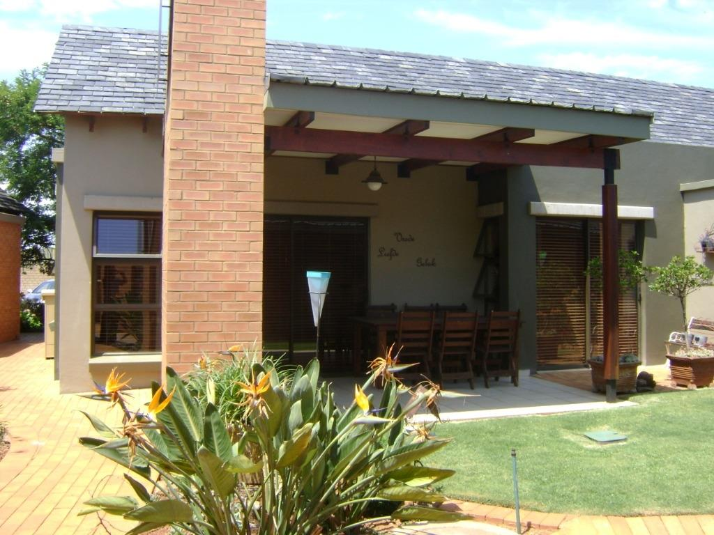 Property and Houses to rent in Gauteng - Page 2, Apartment, 1 Bedrooms - ZAR , 10,00*,M