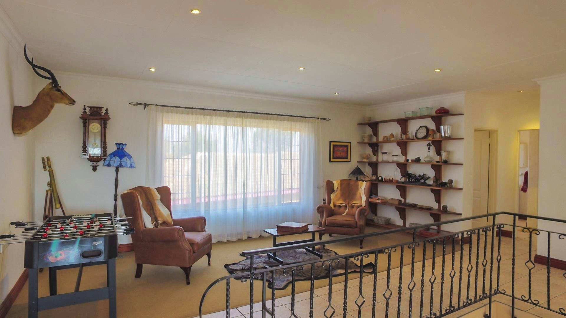 Irene Glen Estate property for sale. Ref No: 13471902. Picture no 2