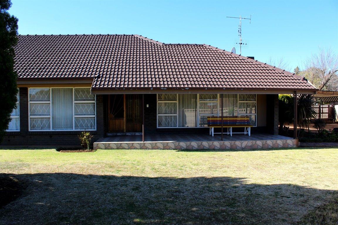 Baillie Park property for sale. Ref No: 13394141. Picture no 2