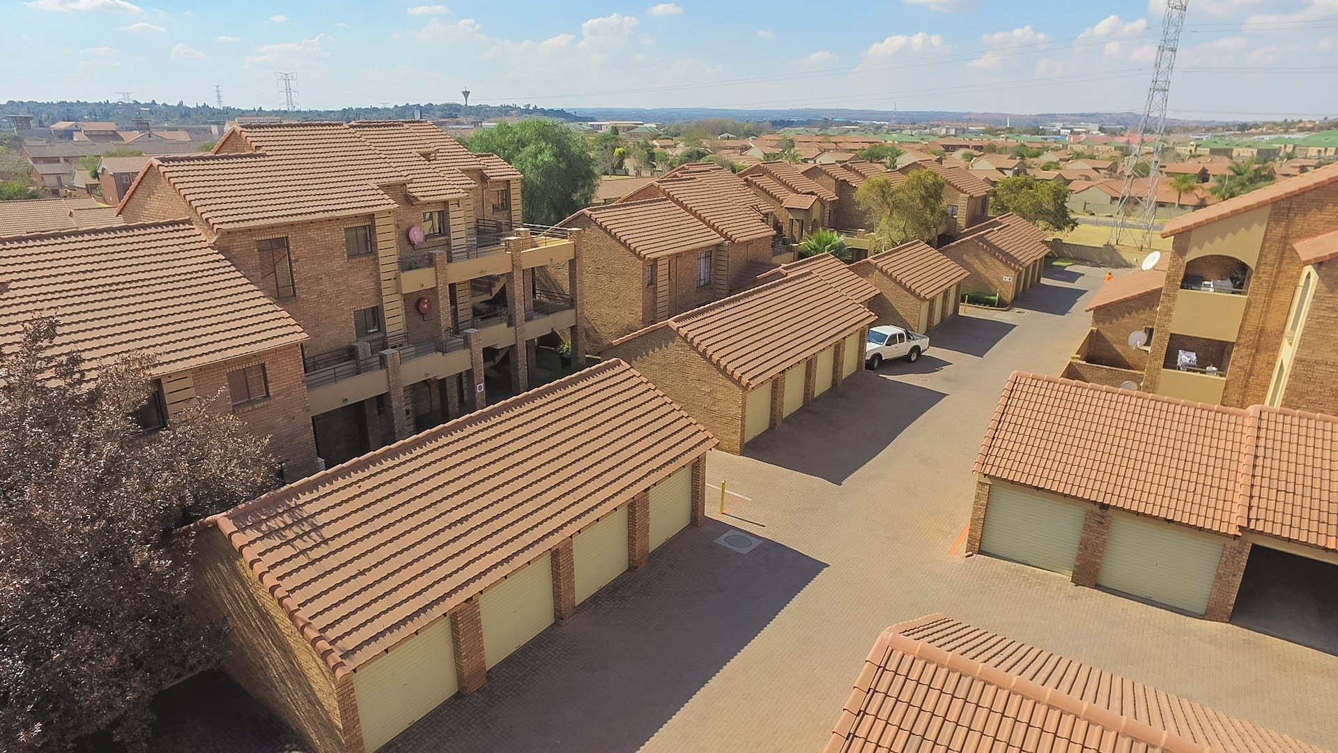 Centurion, Eco Park Estate Property    Houses For Sale Eco Park Estate, Eco Park Estate, Townhouse 2 bedrooms property for sale Price:750,000