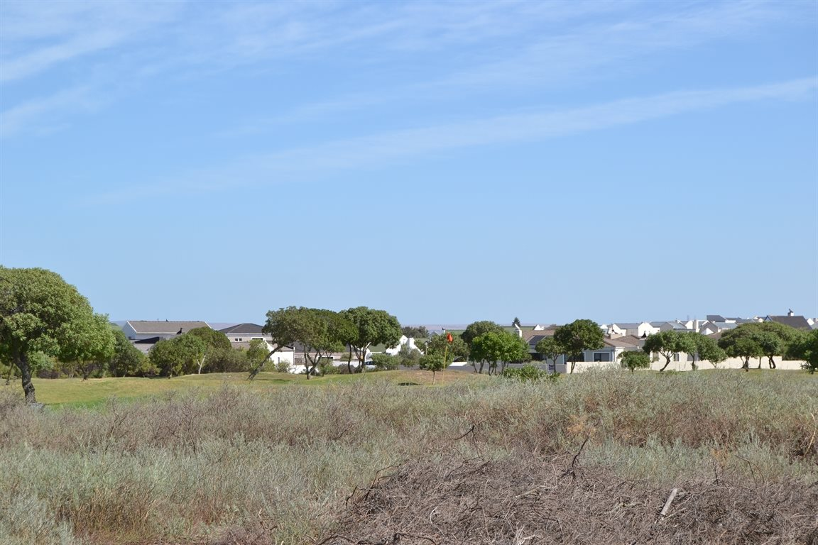 Country Club property for sale. Ref No: 13303494. Picture no 3