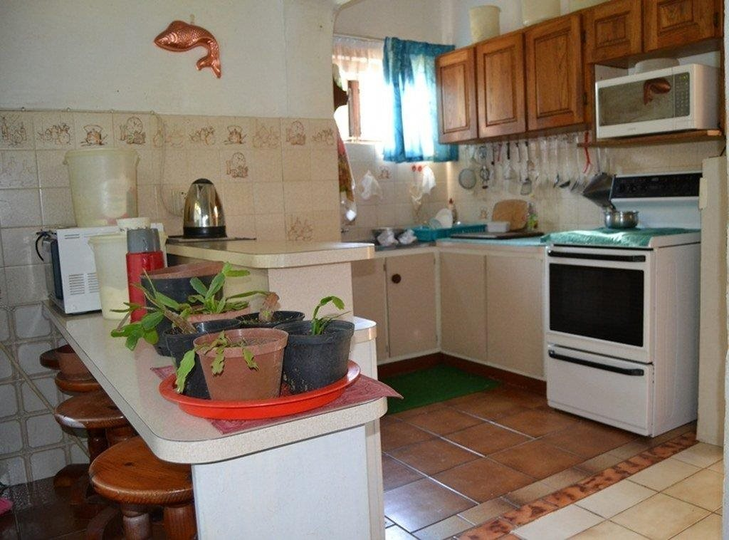 Hibberdene property for sale. Ref No: 13231211. Picture no 18