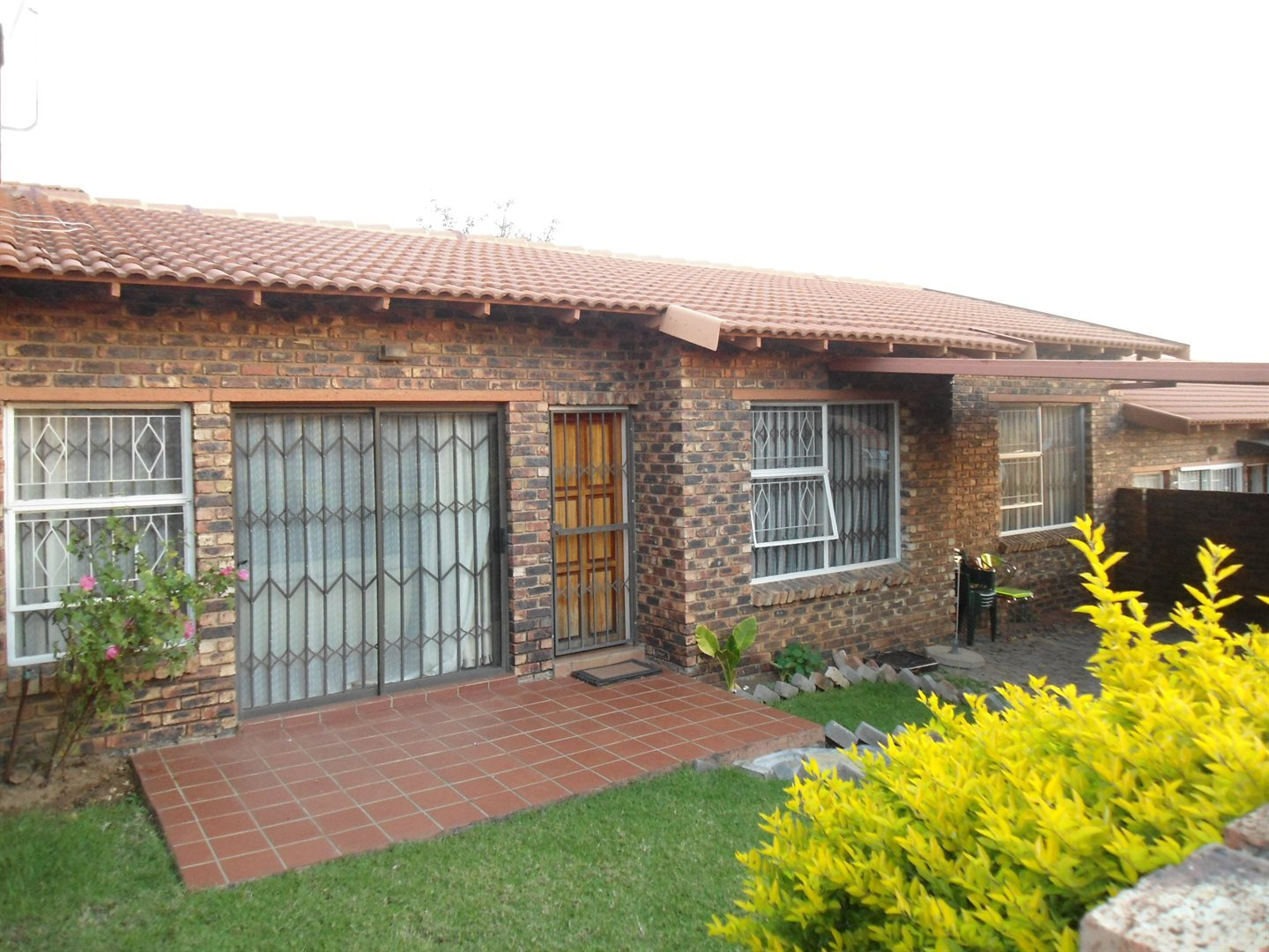 Property and Houses to rent in Buccleuch, Apartment, 3 Bedrooms - ZAR ,  9,00*,M