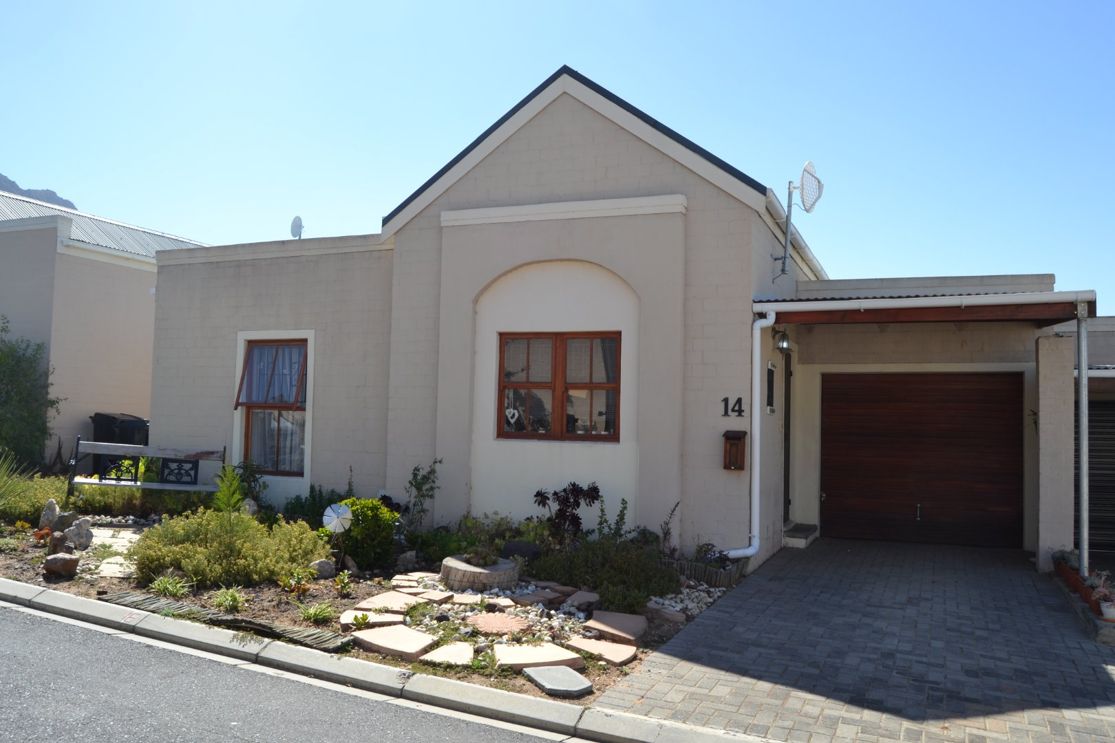 Property and Houses for sale in Riebeek West, House, 3 Bedrooms - ZAR 1,150,000
