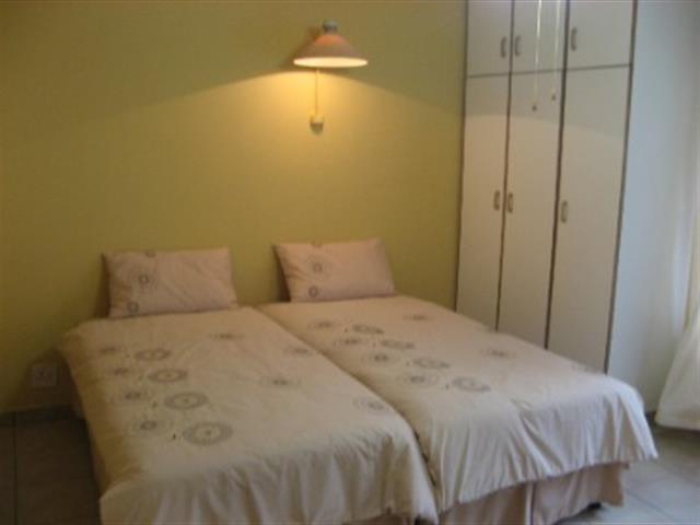 Woodgrange property for sale. Ref No: 12795068. Picture no 6