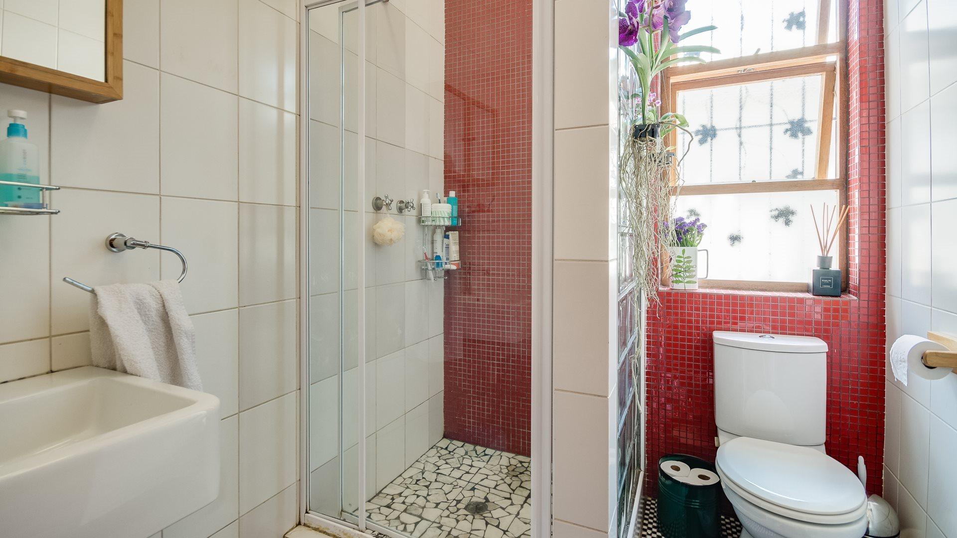 Orange Grove property for sale. Ref No: 13551072. Picture no 9