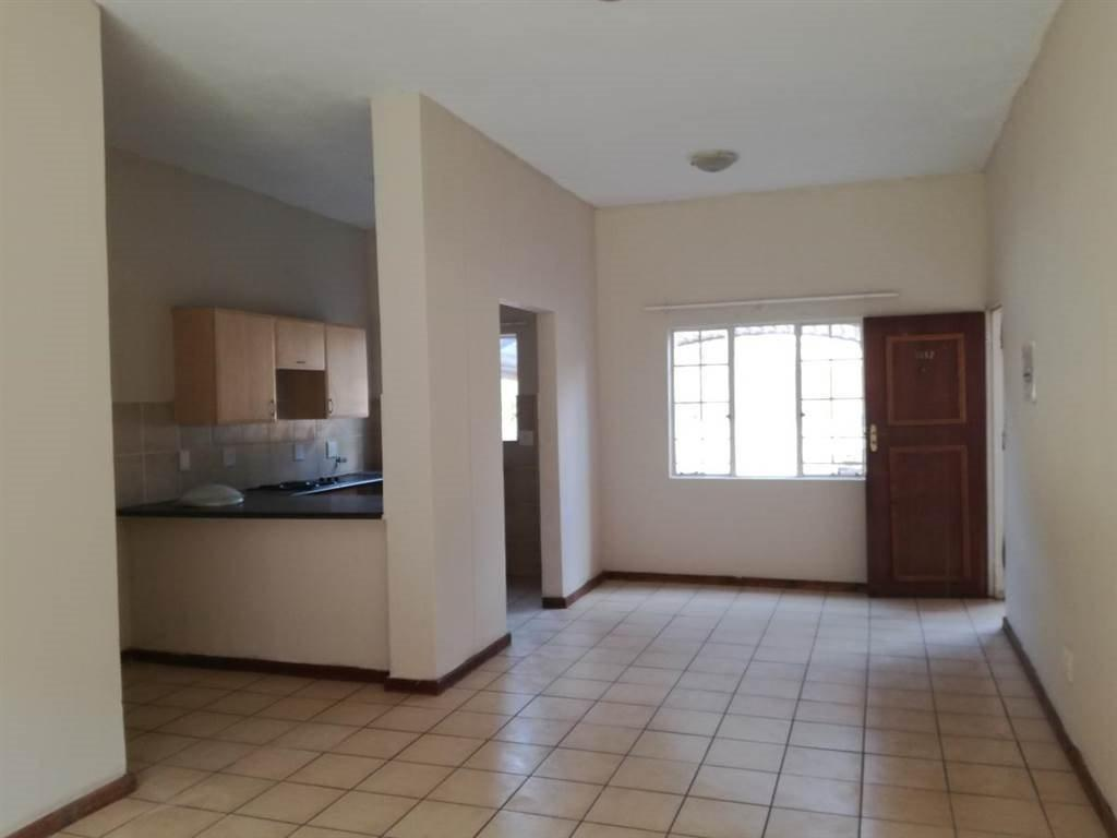 Karenpark property for sale. Ref No: 13566729. Picture no 4