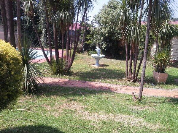 Arcon Park property for sale. Ref No: 13417644. Picture no 8
