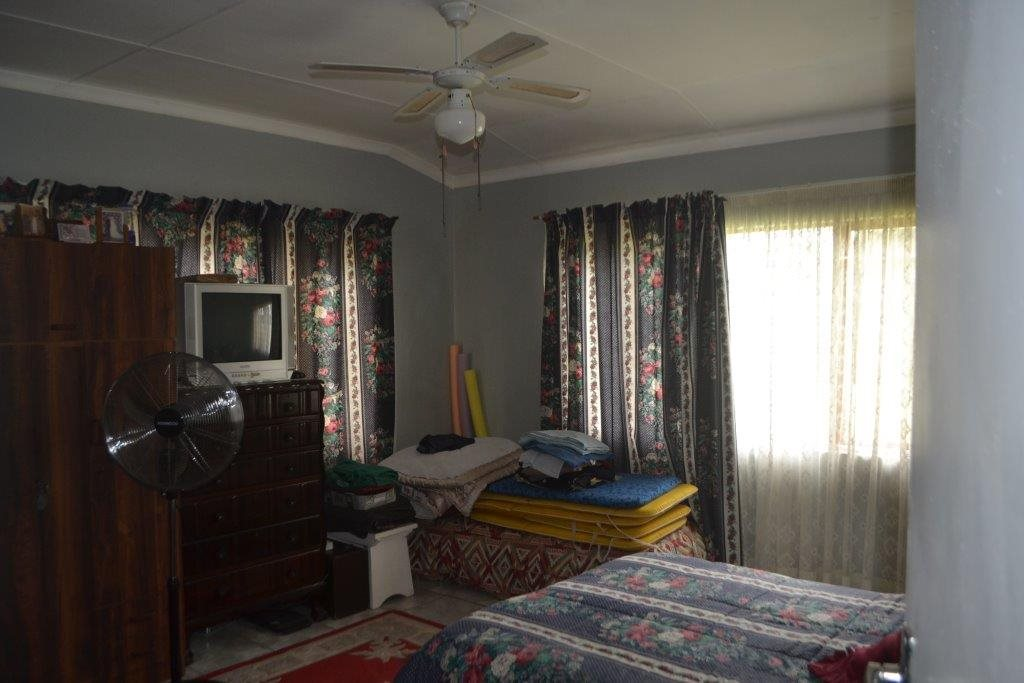 Hibberdene property for sale. Ref No: 13423871. Picture no 8