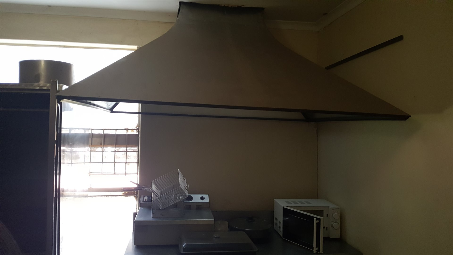 Potchefstroom Central property for sale. Ref No: 13474190. Picture no 6