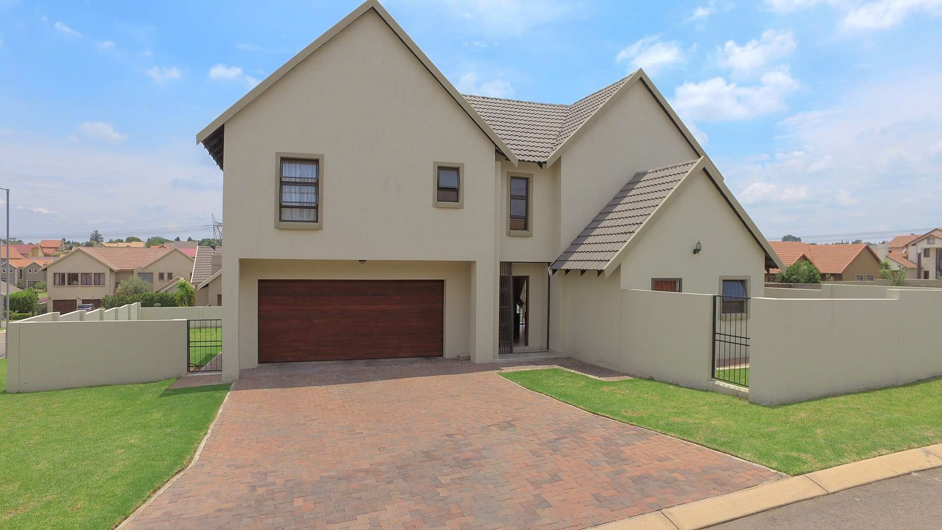 Centurion, Brooklands Lifestyle Estate Property  | Houses For Sale Brooklands Lifestyle Estate, Brooklands Lifestyle Estate, House 4 bedrooms property for sale Price:1,980,000