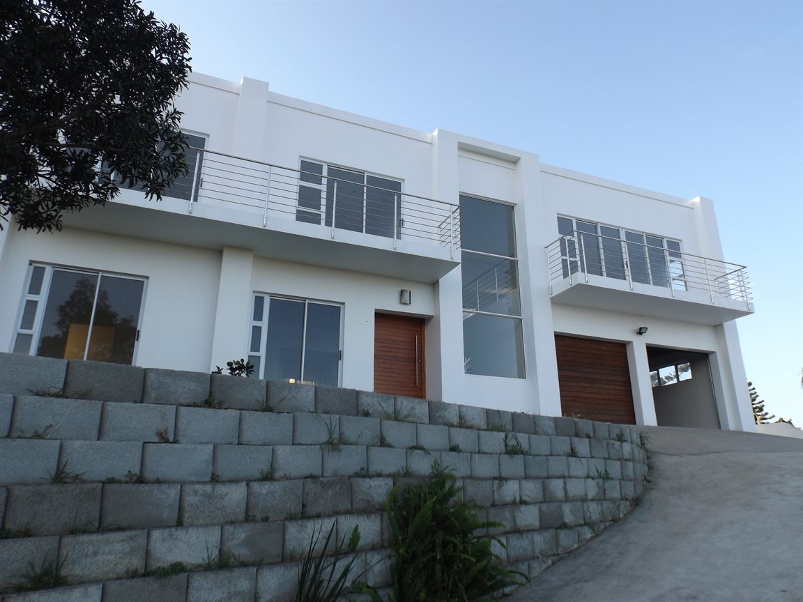 Beacon Bay property for sale. Ref No: 13362713. Picture no 28