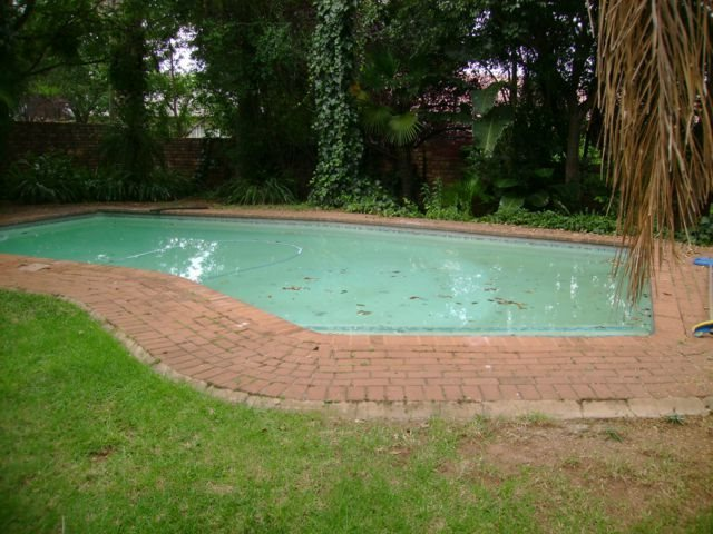 Rooihuiskraal property for sale. Ref No: 13524636. Picture no 2