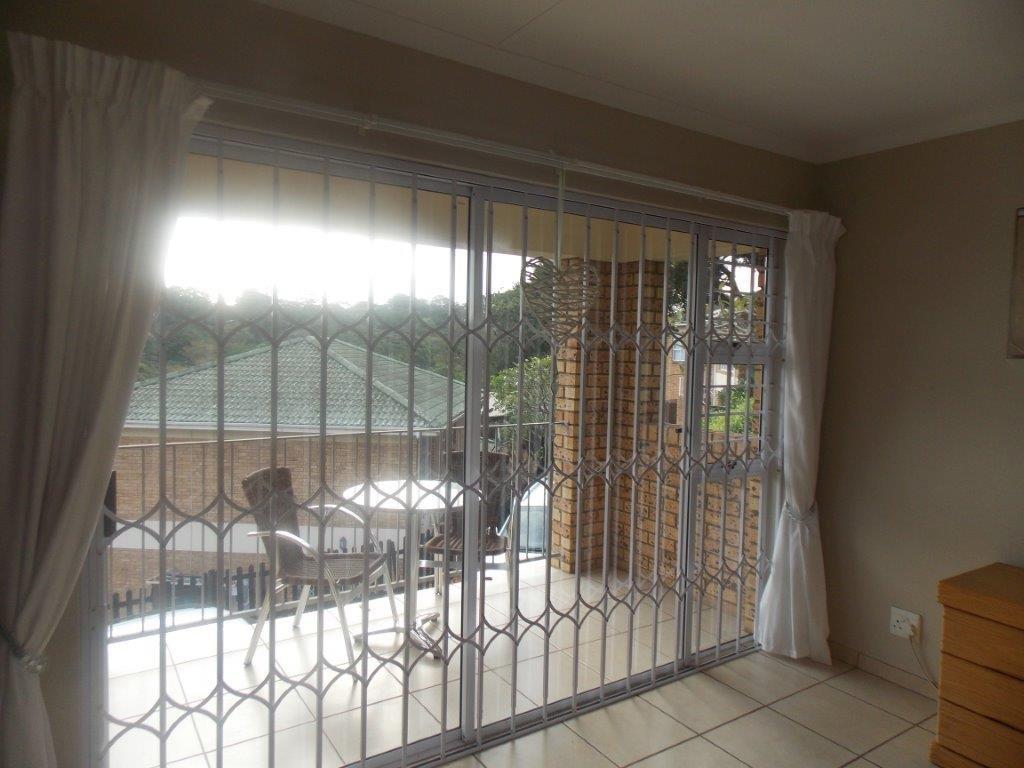 Amanzimtoti property for sale. Ref No: 13372994. Picture no 7