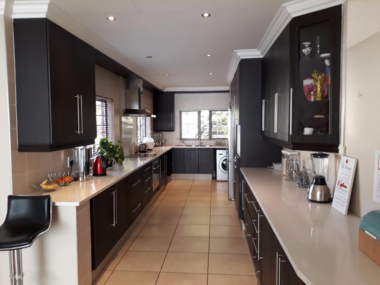 Johannesburg, Glenvista Property  | Houses For Sale Glenvista - Page 2, Glenvista, House 4 bedrooms property for sale Price:3,330,000