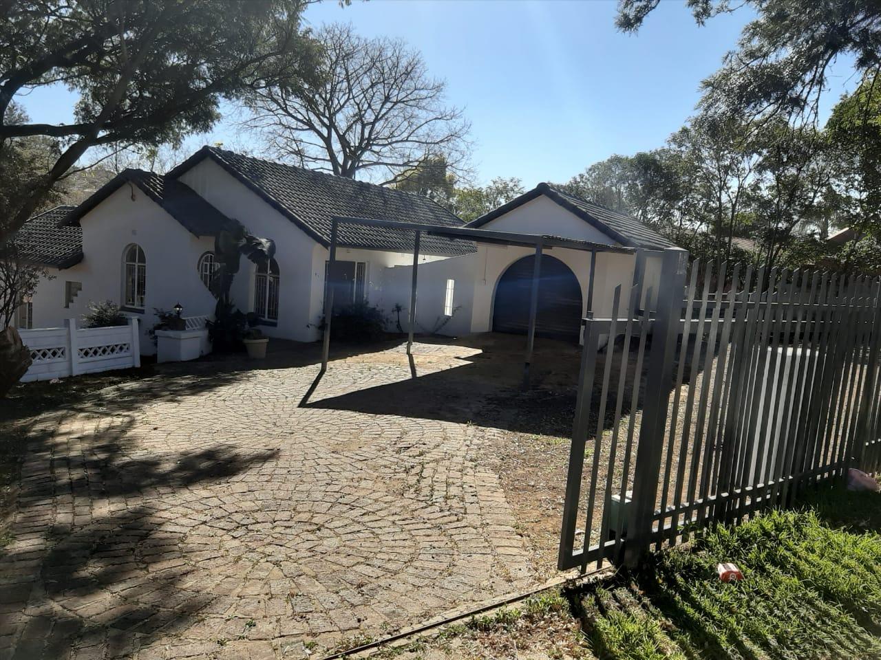 , House, 3 Bedrooms - ZAR 1,400,000