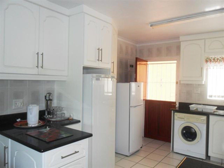 Scottburgh Central property for sale. Ref No: 12726934. Picture no 2