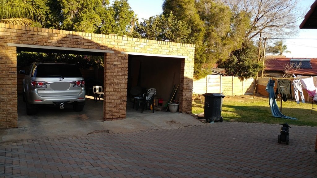 Suiderberg property for sale. Ref No: 13573102. Picture no 24