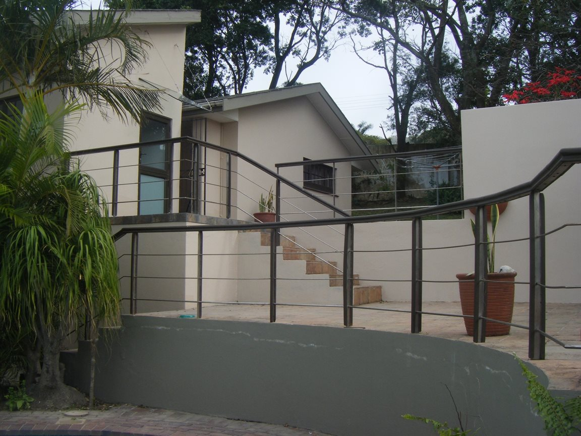 Beacon Bay property for sale. Ref No: 12799080. Picture no 11