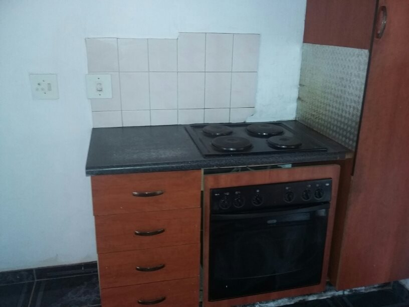 Clarina property for sale. Ref No: 13610732. Picture no 5