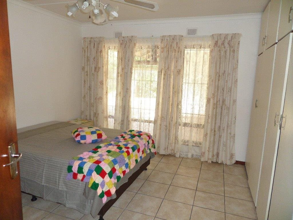 Melville property for sale. Ref No: 13398508. Picture no 17