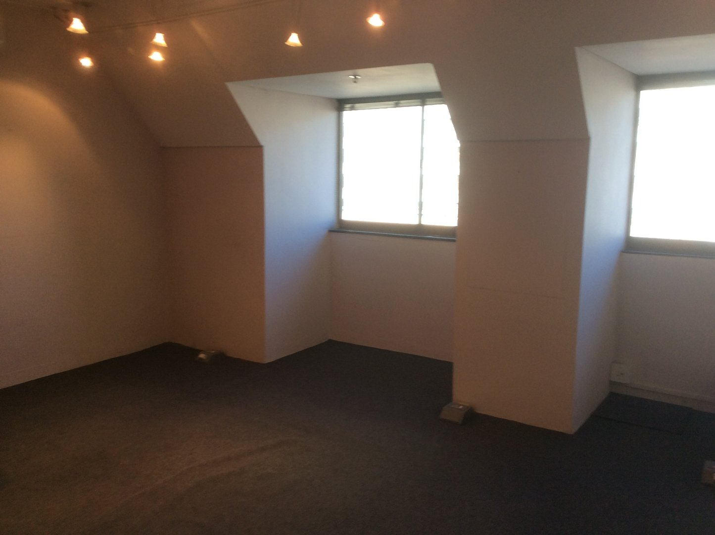 Cape Town City Centre property for sale. Ref No: 13622979. Picture no 8
