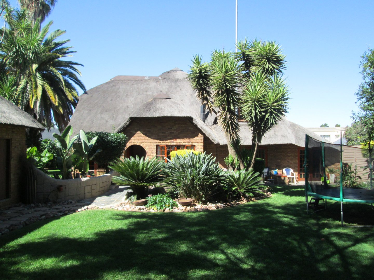 Property and Houses for sale in Brackendowns, House, 4 Bedrooms - ZAR 2,395,000
