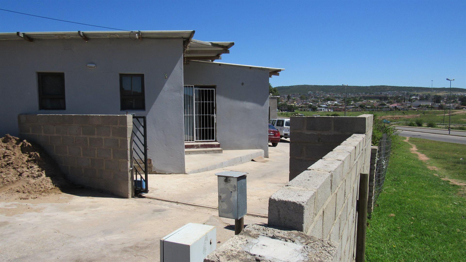 Eric Dodd property for sale. Ref No: 13573479. Picture no 19