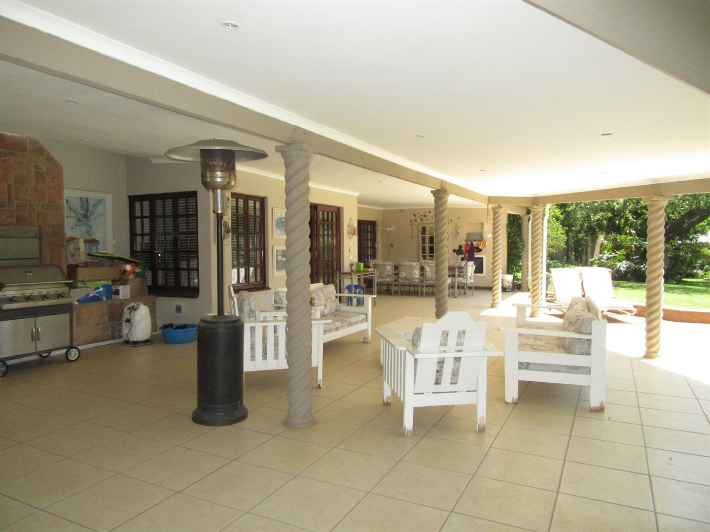 Bryanston property to rent. Ref No: 13553051. Picture no 4