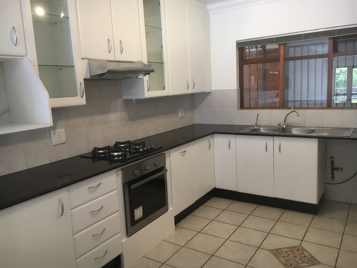 Johannesburg, Melrose Estate Property    Houses To Rent Melrose Estate, Melrose Estate, Apartment 2 bedrooms property to rent Price:, 15,00*
