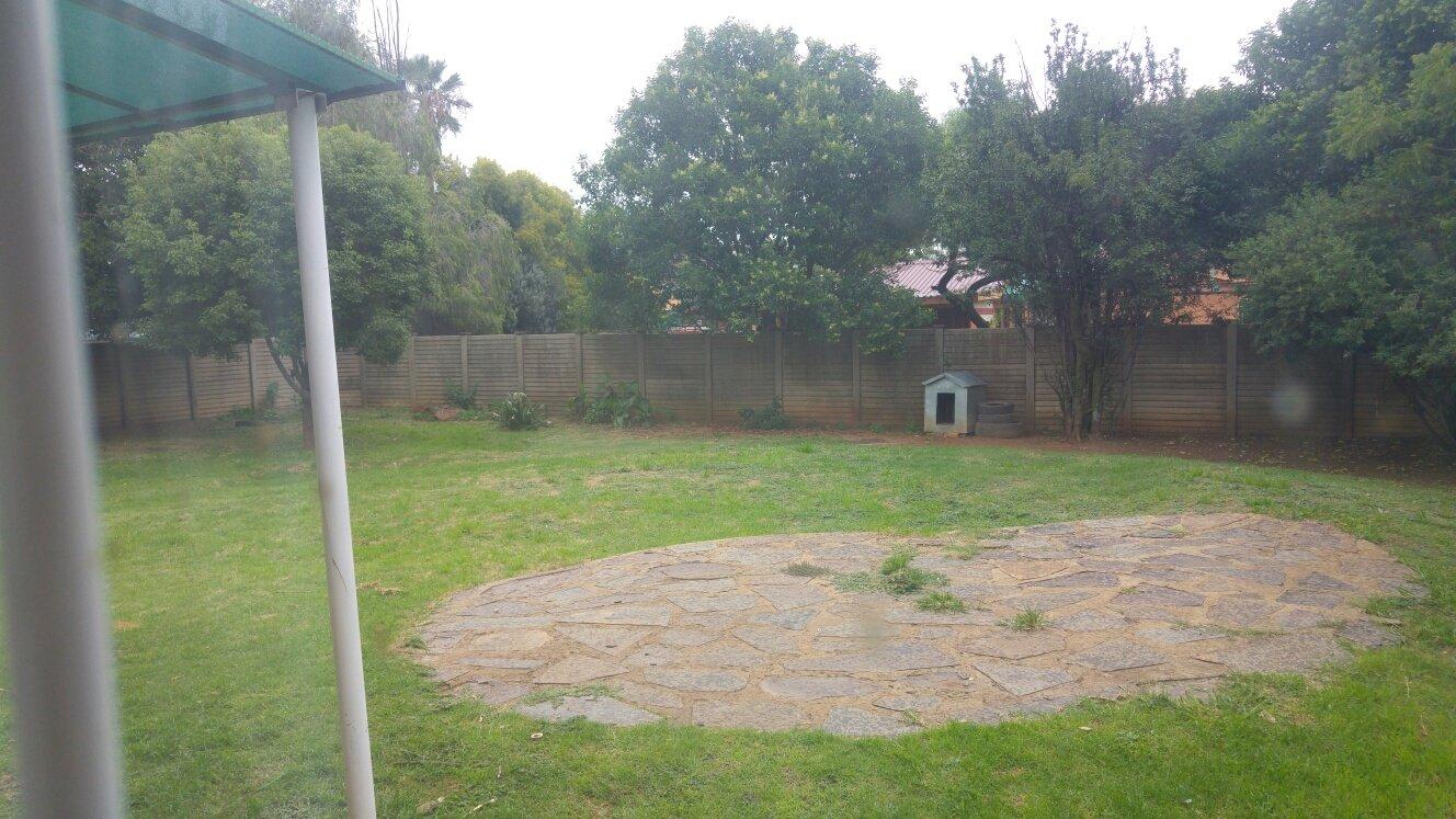 Vanderbijlpark Se7 property for sale. Ref No: 13588634. Picture no 27