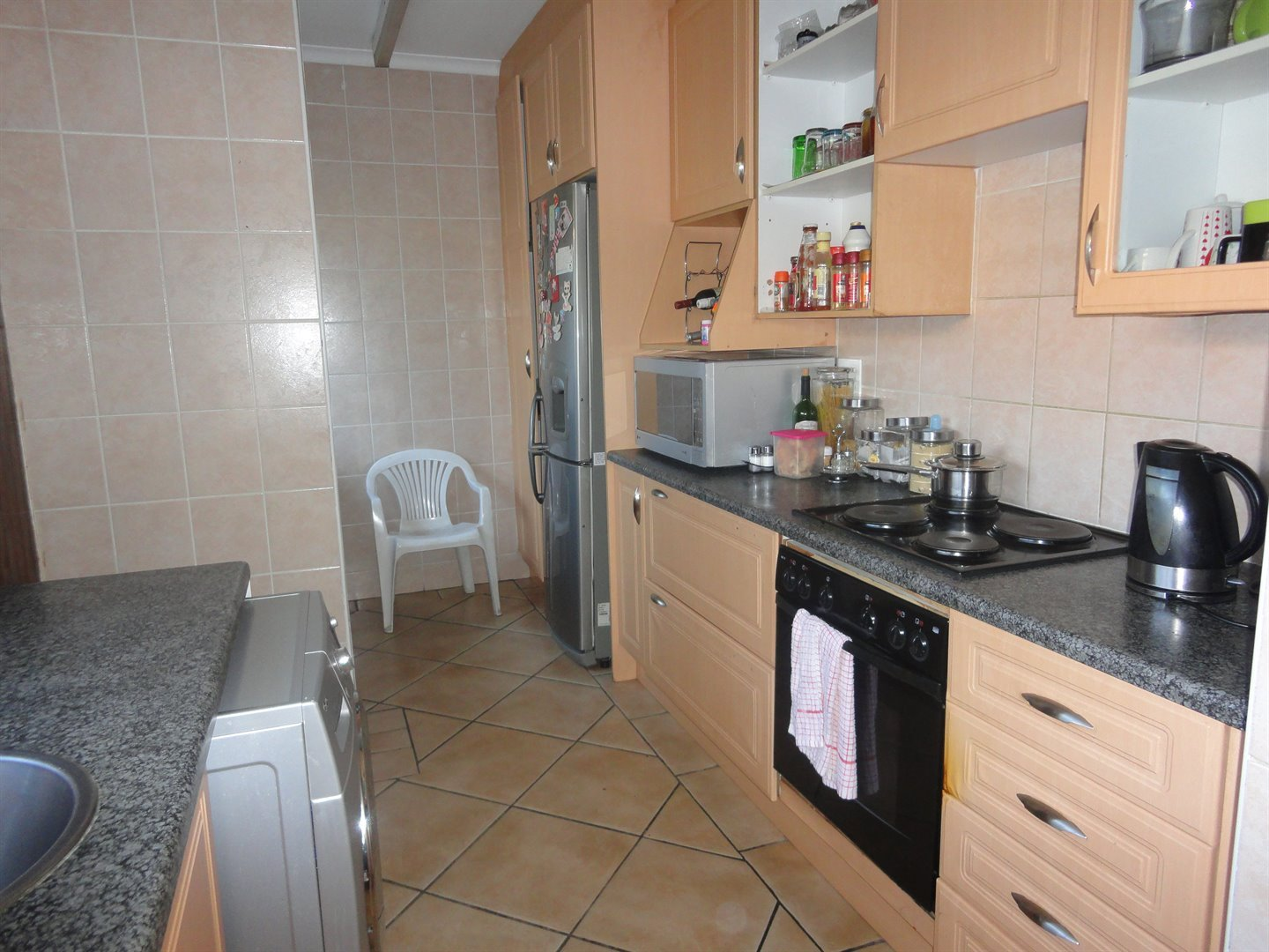 North Riding property to rent. Ref No: 13515054. Picture no 12