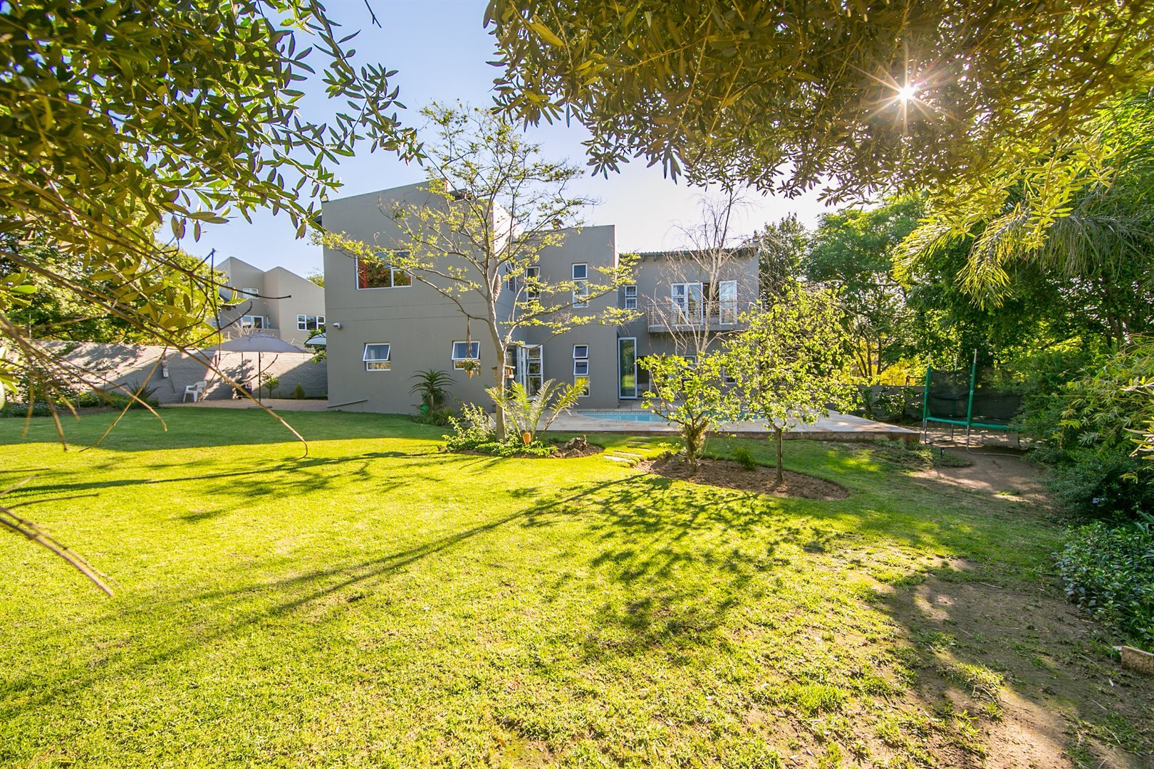 Fourways property for sale. Ref No: 13541891. Picture no 19