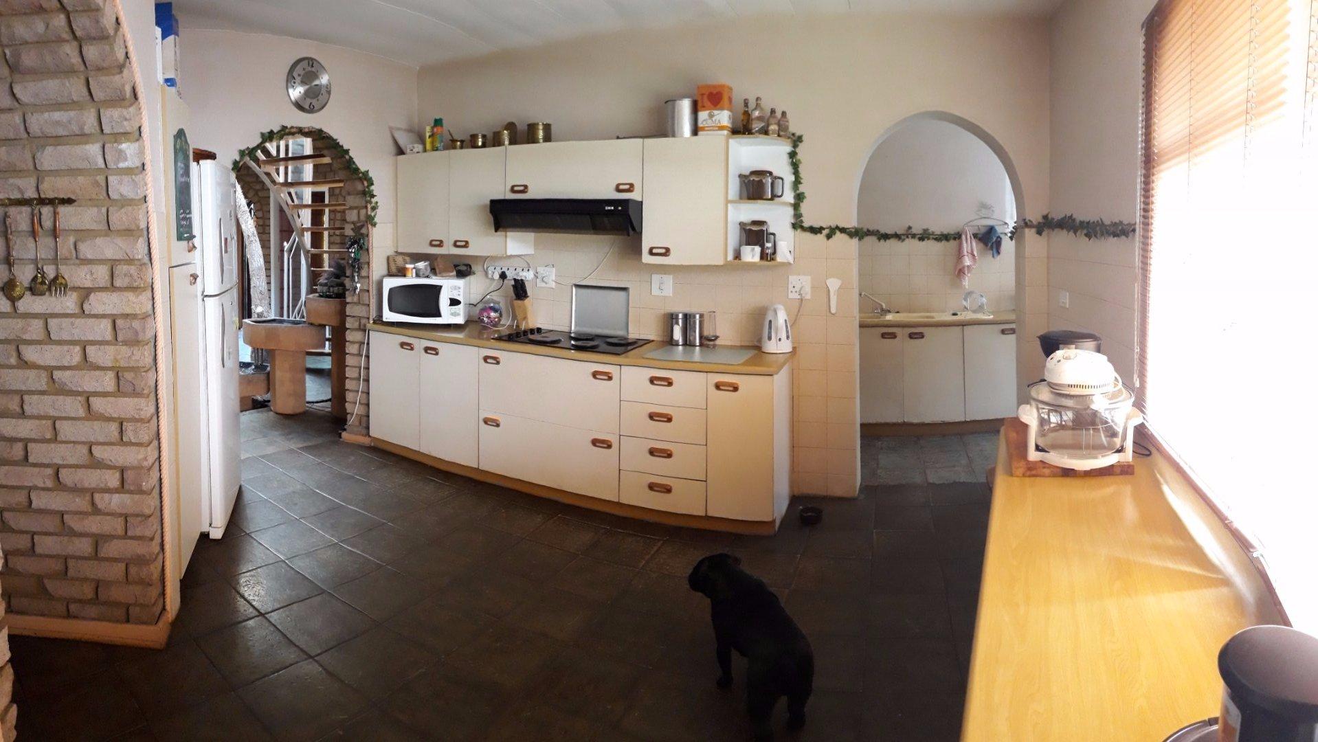 Culemborgpark property for sale. Ref No: 13567436. Picture no 5