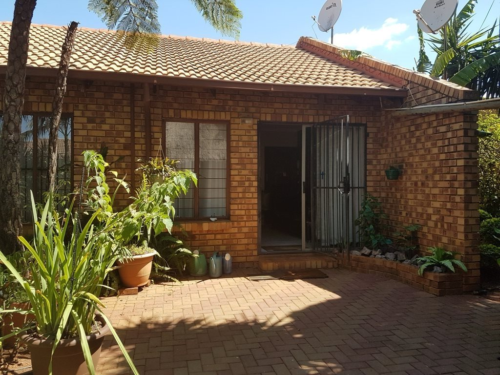 Pretoria, Doornpoort Property  | Houses To Rent Doornpoort, Doornpoort, House 2 bedrooms property to rent Price:,  8,70*