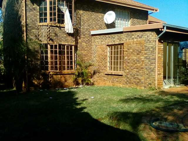 Property and Houses for sale in Amandasig, House, 4 Bedrooms - ZAR 1,400,000