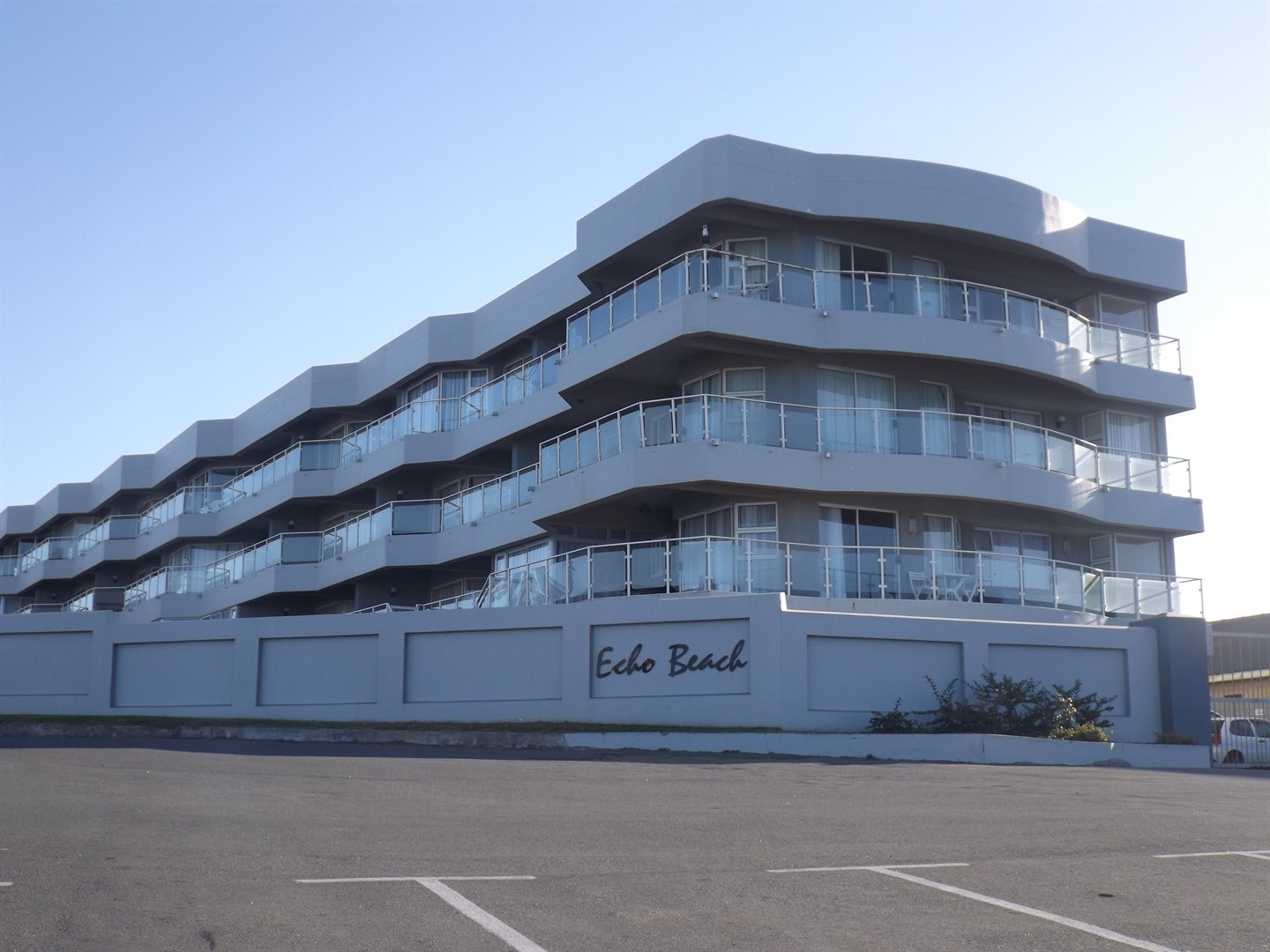 Property for Sale by DLC INC. ATTORNEYS Heinrich Ferreira, Apartment, 3 Bedrooms - ZAR 1,895,000