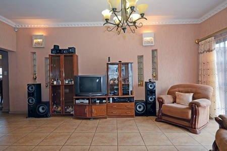 Eldorado Park property for sale. Ref No: 13598808. Picture no 5