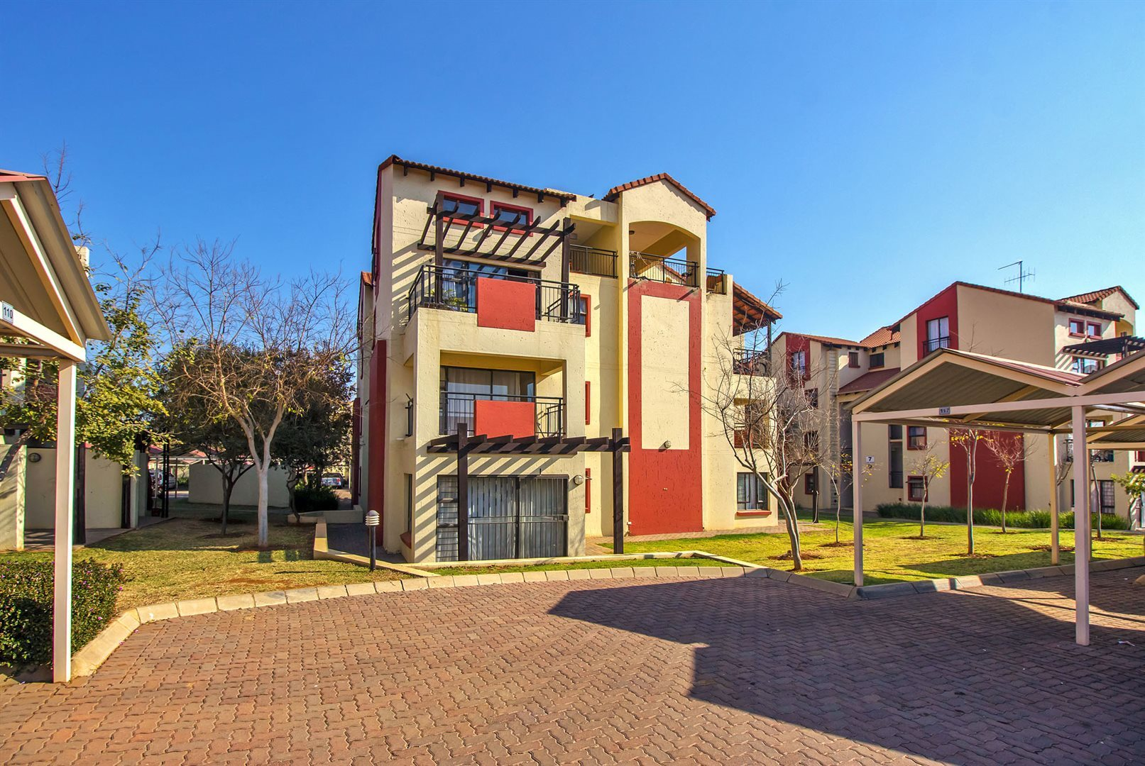 Pretoria, The Meadows Estate Property  | Houses For Sale The Meadows Estate, The Meadows Estate, Apartment 1 bedrooms property for sale Price:680,000