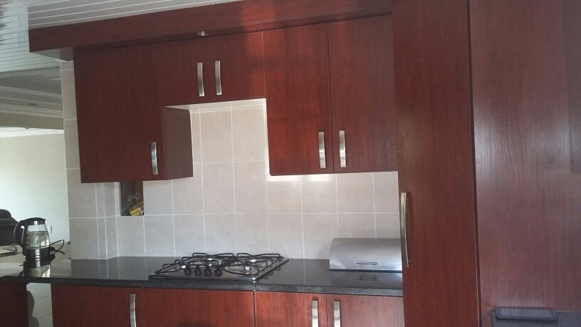 Karenpark property for sale. Ref No: 13565301. Picture no 4